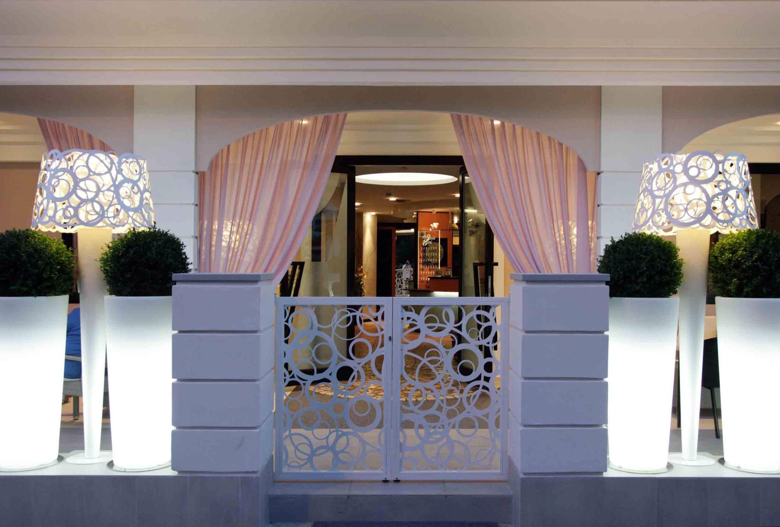 Hotel Villa Paola Bellaria 01 | Studio Materia