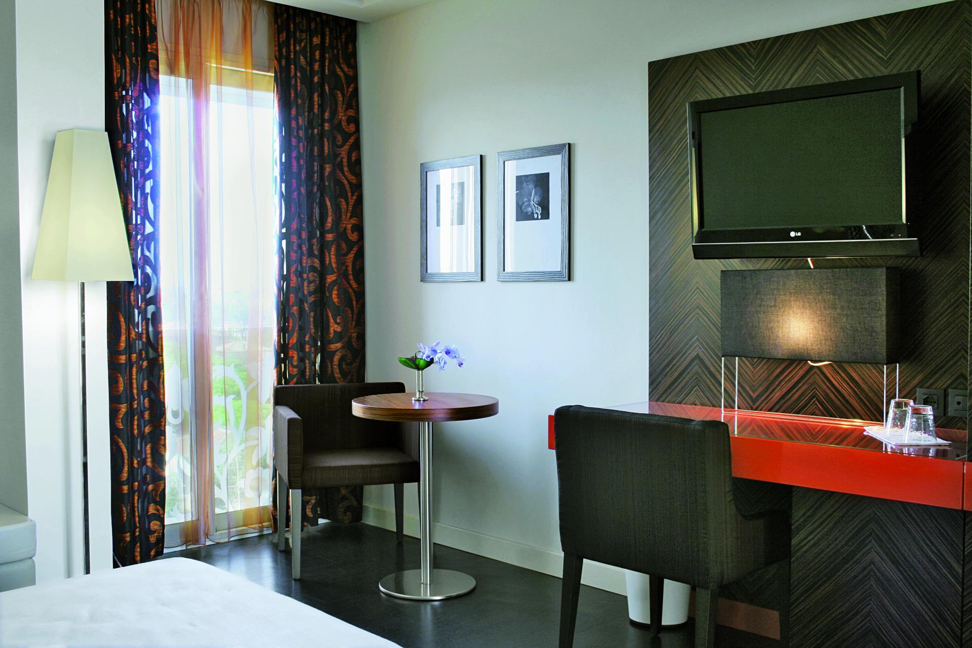 Hotel Byron Rimini | Studio Materia 02