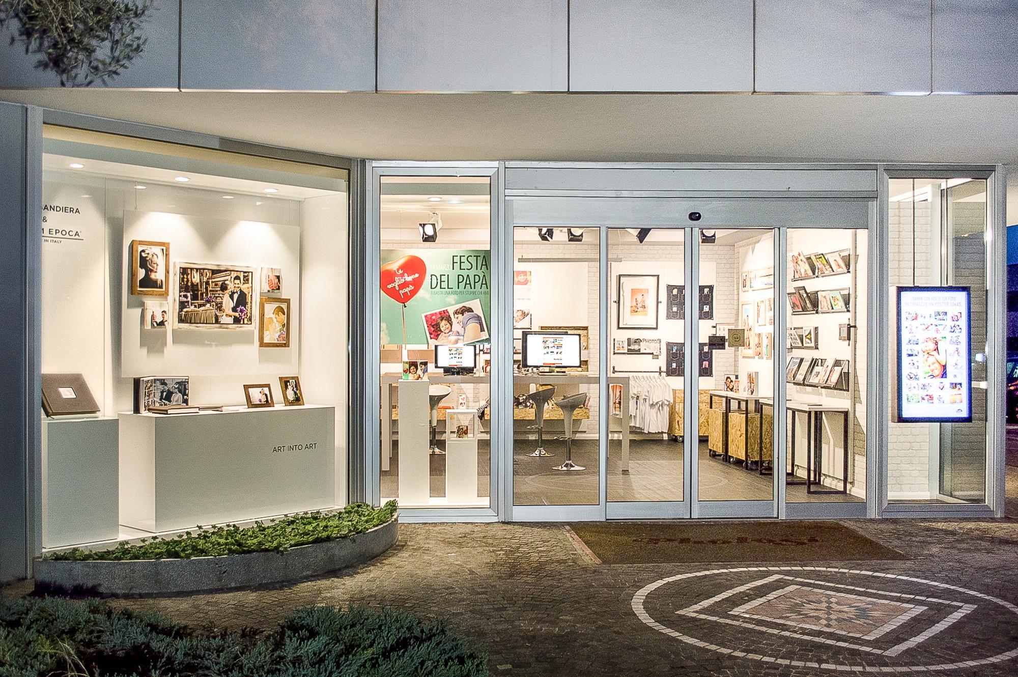 Progettazione-store-PhotoSi-Riccione-1